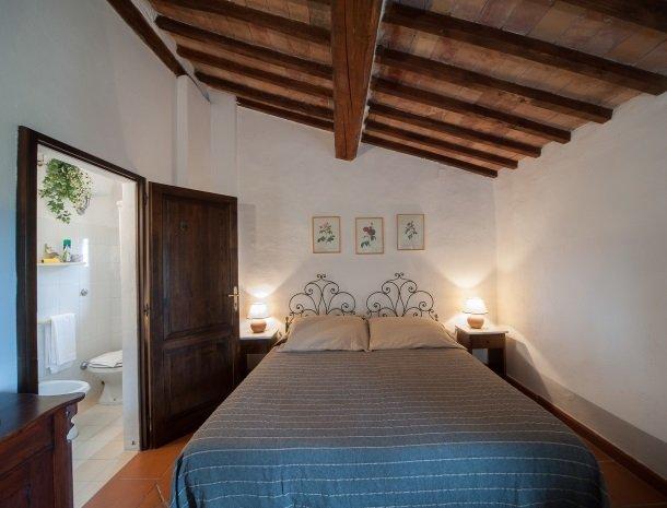 podere-san-lorenzo-volterra-slaapkamer-6.jpg