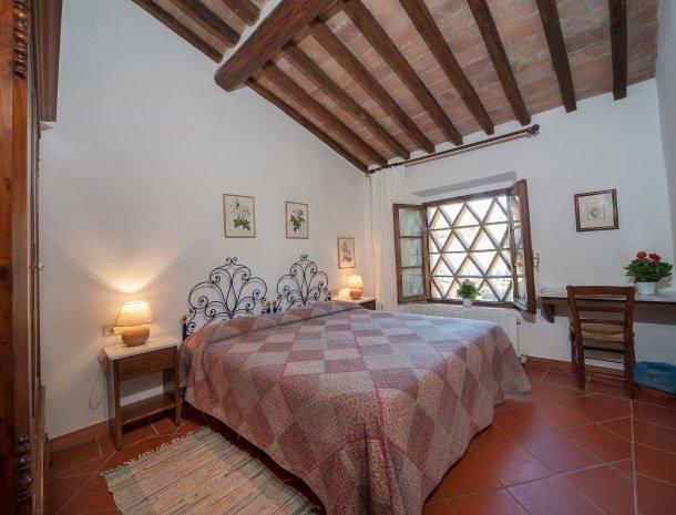 podere-san-lorenzo-volterra-slaapkamer-2.jpg