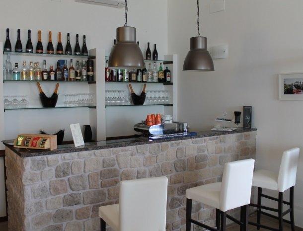 tenuta lamborghini-bar-wijn.jpg
