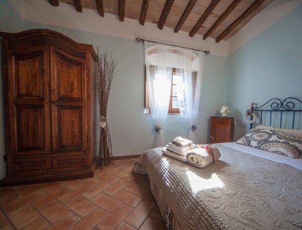 villa-otium-volterra-slaapkamer.jpg