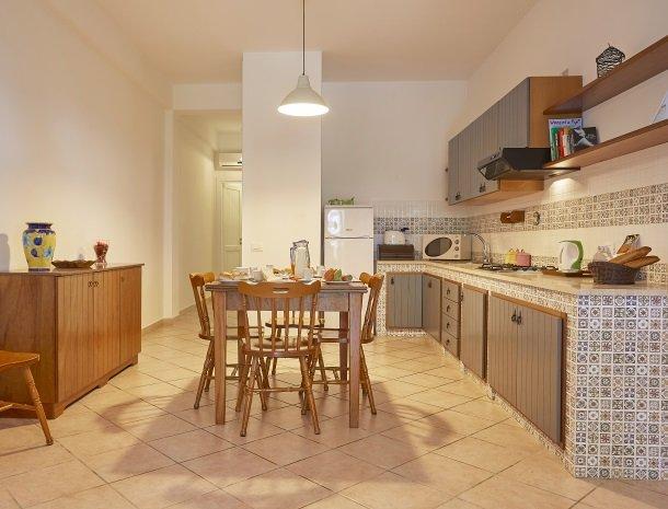 casedicalamazzo-scopello-appartementen-keuken.jpg