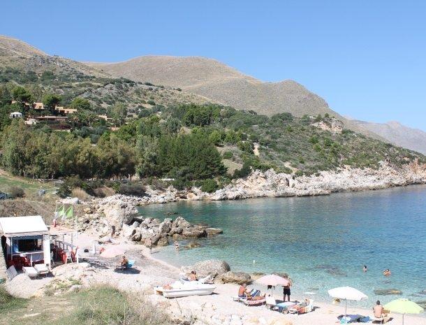casedicalamazzo-scopello-appartementen-strand-zee.jpg