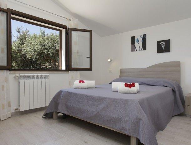 villadellamerla-sicilie-slaapkamer.jpg