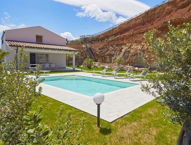villa-poiana-castellammare-overzicht.jpg