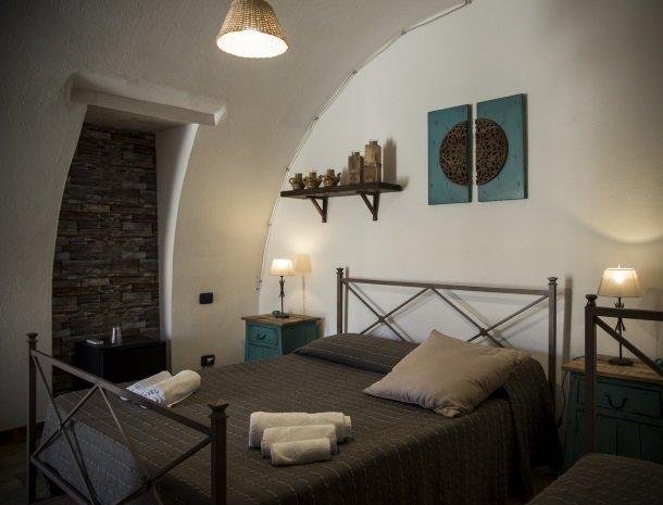 agriturismo-baglio-san-nicola-slaapkamer.jpg