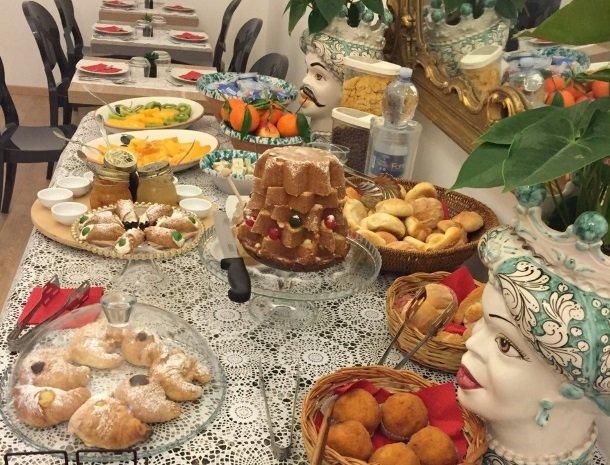 b&b i santi coronati siracusa het ontbijt.jpg