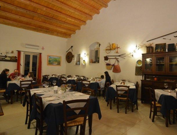 agriturismo le zagare di vendicari restaurant.jpg