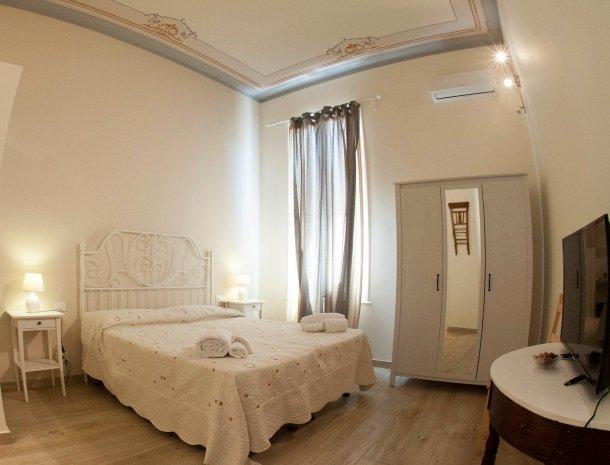 granveliero trapani slaapkamer klassiek.jpg