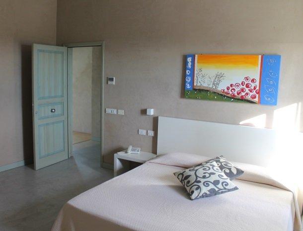 relais-casina-miregia-menfi-slaapkamer.jpg