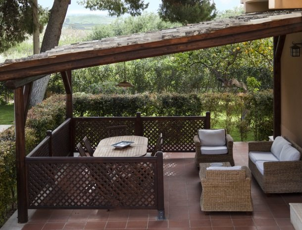 villa seta agrigento veranda.jpg
