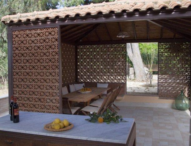 villa seta agrigento tuin eethoek.jpg