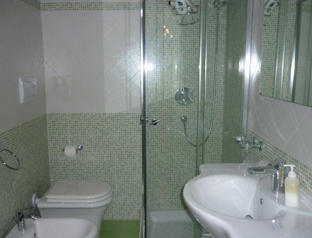 case-di-valentina-badkamer-groen.jpg