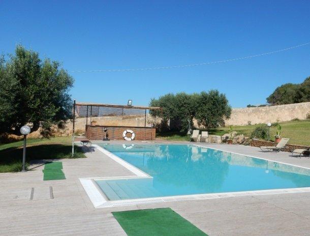 casa mirabile menfi zwembad.jpg