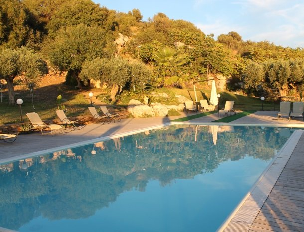 casa mirabile menfi zwembad zonsondergang.jpg