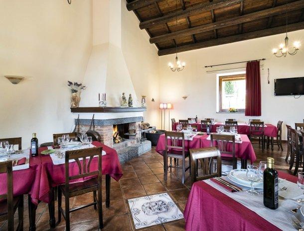 agriturismo-fontana-cherubino-restaurant.jpg