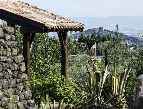 agriturismo-fontana-cherubino-dorp-uitzicht.jpg