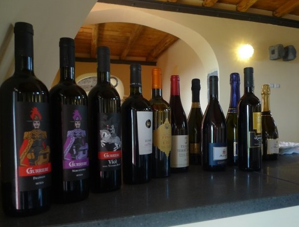 palazzo-rosso-riposto-wijnen.jpg