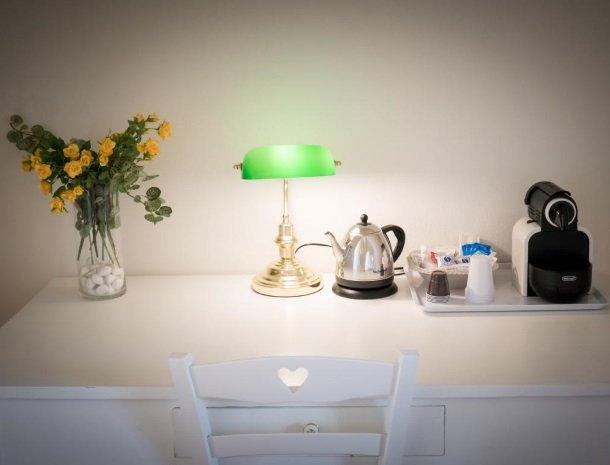 casale1821-ragusa-slaapkamer-koffie.jpg
