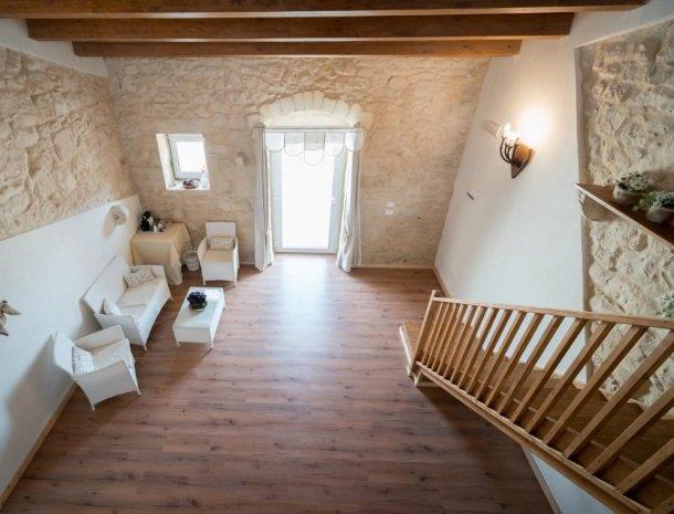 casale1821-ragusa-slaapkamer-4personen-vanafboven.jpg