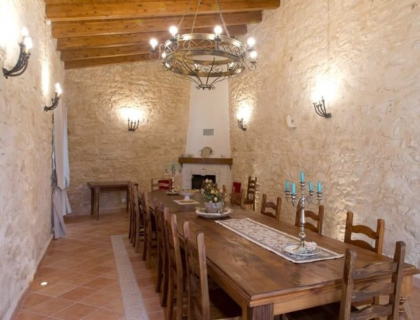 casale1821-ragusa-eettafel.jpg
