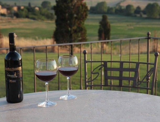 agriturismo-san-lorenzo-rapolano-wijn.jpg