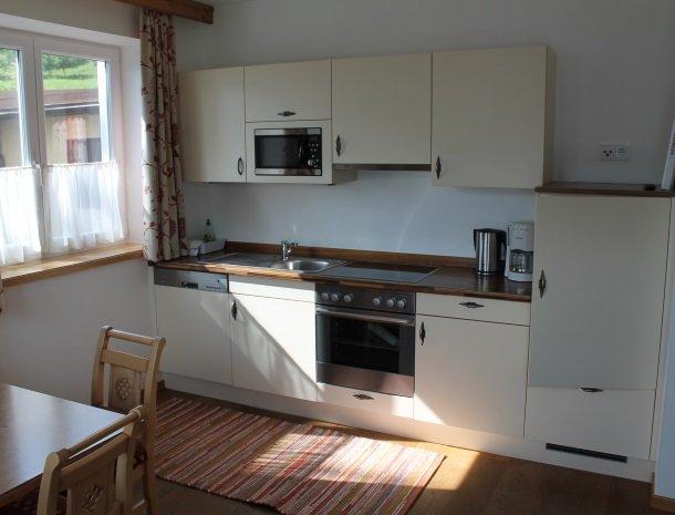 alpenhof-mittersill-keuken-appartement.jpg