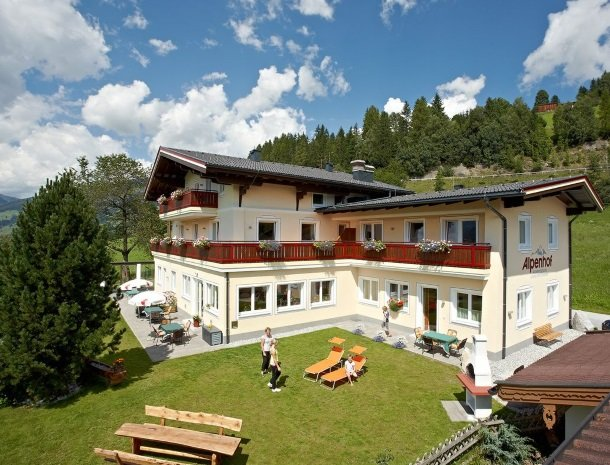alpenhof-mittersill-zomer.jpg