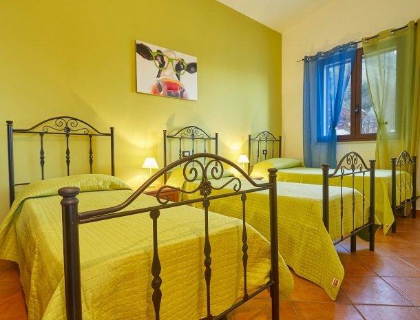 villa celeste sicilie andere slaapkamer.jpg