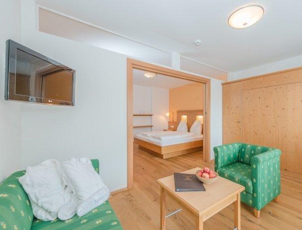 baerenwirt-aich-steiermark-zithoek-slaapkamer.jpg