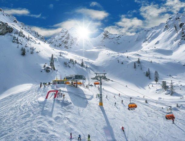 baerenwirt-aich-steiermark-skien-haus.jpg