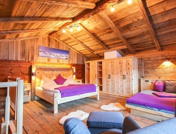 ferienhof-pfefferbauer-hinterglemm-vakantiehuis-slaapkamer.jpg