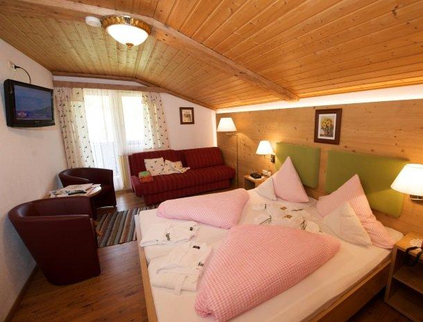 hotel-eggerhof-saalbach-familieslaapkamer.jpg