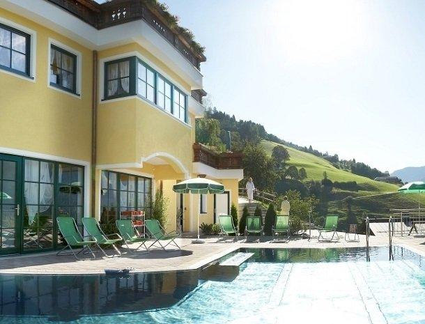 hotel-eggerhof-saalbach-zwembad-zomer.jpg