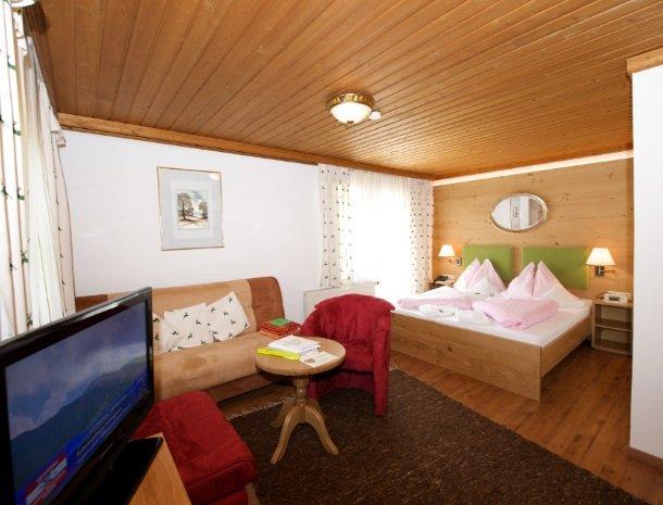 hotel-eggerhof-saalbach-slaapkamer.jpg
