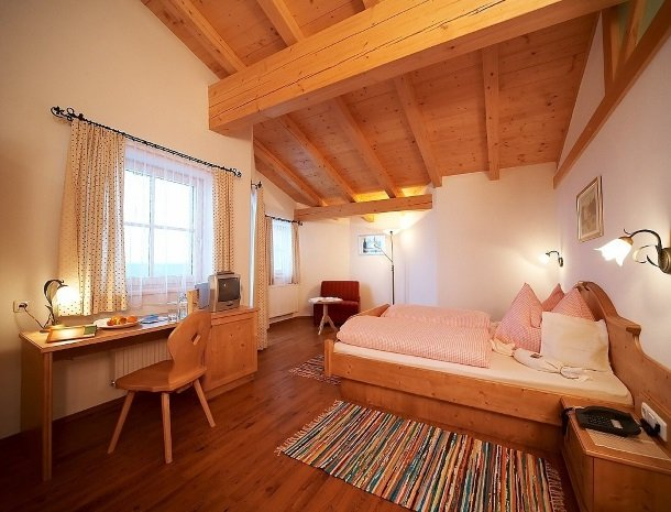 hotel-eggerhof-saalbach-kamer-landhaus.jpg