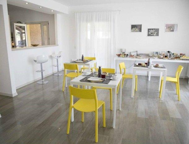 villa-nesea-cefalu-ontbijt-keuken.jpg