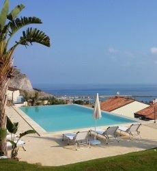 residence-magara-cefalu-sicilie-appartementen-met-zwembad.jpg
