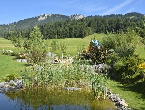 tierwarthof-fieberbrunn-tuin-vijver.jpg