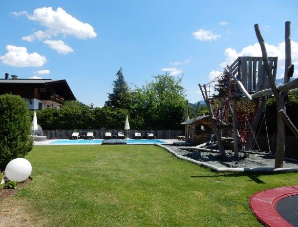 tierwarthof-fieberbrunn-speeltuin-zwembad.jpg