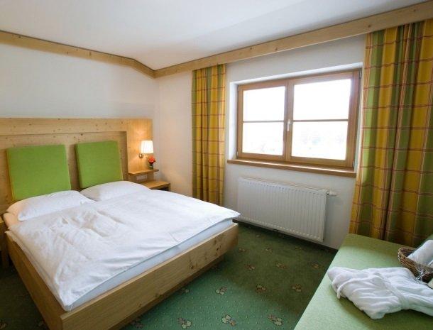 tierwarthof-fieberbrunn-appartement-slaapkamer-2-personen.jpg