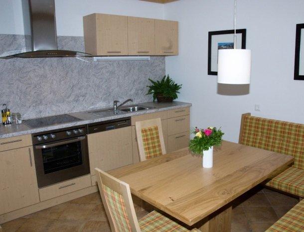 tierwarthof-fieberbrunn-keuken-appartement.jpg