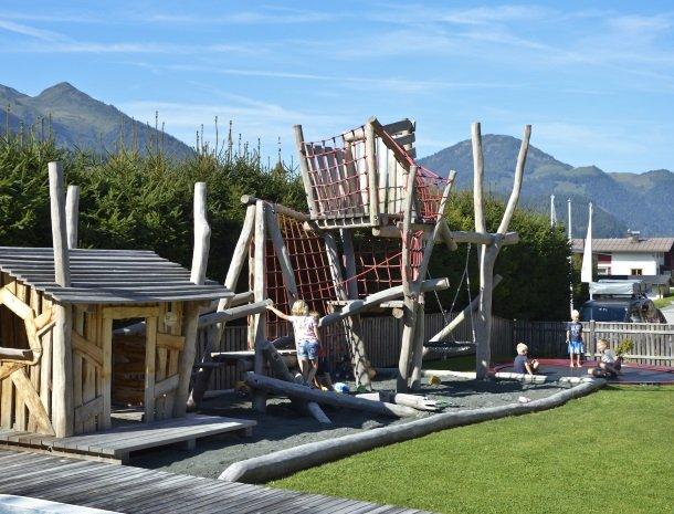 tierwarthof-fieberbrunn-speeltuin.jpg