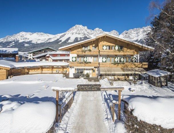 alpenpension-claudia-ellmau-tirol-winter.jpg