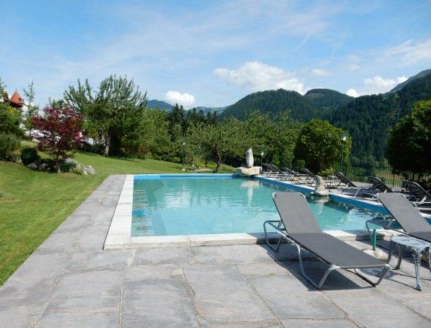 landhaus-ager-söll-tirol-zwembad.jpg