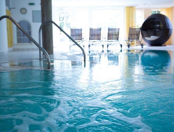 landhaus-ager-söll-tirol-zwembad-binnen.jpg