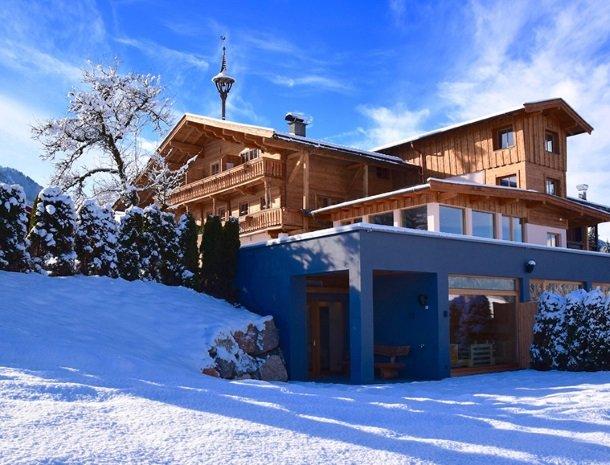 hotel-grosslehen-fieberbrunn-winter-achterkant.jpg