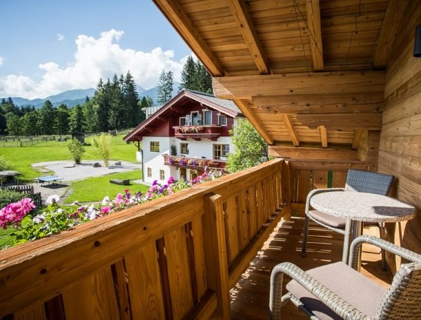 hotel-grosslehen-fieberbrunn-balkon.jpg