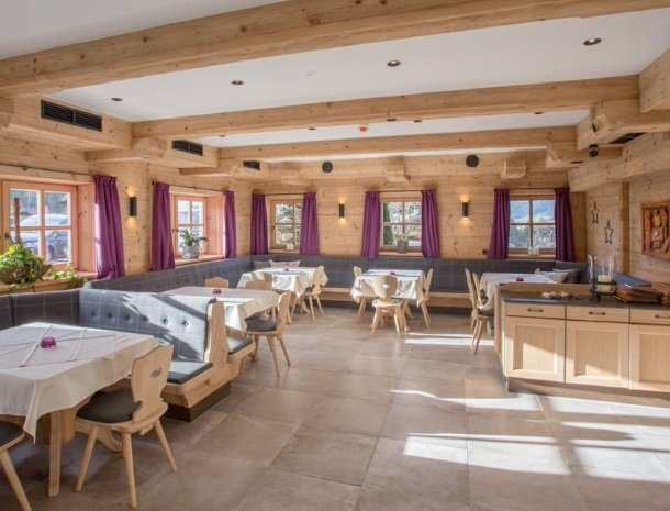 hotel-grosslehen-fieberbrunn-restaurant.jpg