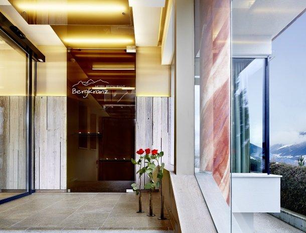 hotel-bergkranz-mieders-tirol-entre.jpg