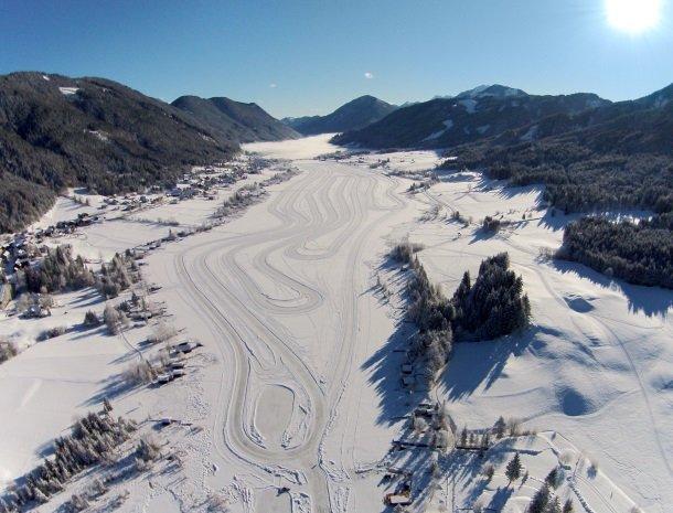 weissensee-winter-karinthie-oostenrijk.jpg